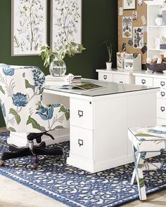 Work from home and home office ideas so you can get your work done efficiently and enjoyably. Organization tips and other decorative tricks for your space. Home Office Organization, Home Office Decor, Office Furniture, Office Ideas, Home Decor, Office Inspo, Office Storage, Traditional Home Offices, Traditional Kitchens