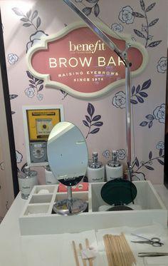 The Beauty Experience - Brow Studio, Nail Studio, Business Goals, Business Ideas, Benefit Brow Bar, Schönheitssalon Design, Nail Saloon, Hair Product Organization, Esthetician Room
