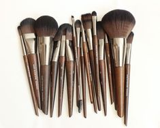 Obsessing Over...The BEST Makeup Brushes I Have EVER Used!