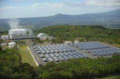 RODRIGO ARANGUA/AFP..Au Costa Rica, 98,7 % de l'électricité produite est « verte » En savoir plus sur http://www.lemonde.fr/planete/article/2015/10/20/au-costa-rica-sur-la-route-de-l-electricite-verte_4793385_3244.html#WwU3JZlyVZk9MbEL.99