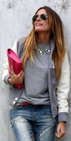 Love the grey with a pop of pink! Looks Street Style, Looks Style, Style Me, All About Fashion, Love Fashion, Womens Fashion, Trendy Fashion, Party Mode, Style Snaps