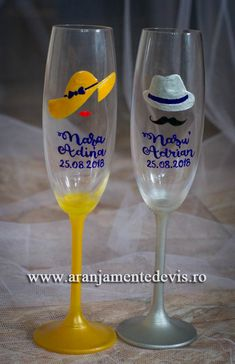 Pahare nasi pictate manual Flute, Nasa, Wine Glass, Champagne, Projects To Try, Tableware, Handmade, Wedding, Casamento