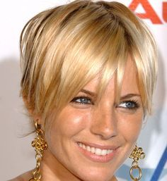 Dream haircut and color. Oh my those highlights! Stacked Bob Hairstyles, Bob Hairstyles For Fine Hair, My Hairstyle, Pixie Hairstyles, Pixie Haircut, Cool Hairstyles, Blonde Hairstyles, Hair Up Styles, Hair Styles 2014