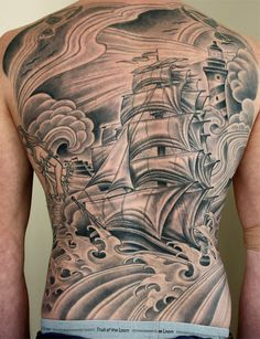 back tattoo. now thats amazing.