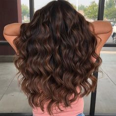 60 Chocolate Brown Hair Color Ideas for Brunettes Dimensional Chocolate Waves Brown Hair Balayage, Brown Blonde Hair, Light Brown Hair, Brunette Hair, Black Hair, Balayage Brunette, Brunette Highlights, Color Highlights, Caramel Hair Highlights