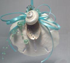 Natural Sand Dollar With Sea Shells Beach Nautical Christmas Ornament Seashell Ornaments, Seashell Crafts, Beach Crafts, Diy Christmas Ornaments, Cute Crafts, Christmas Decorations, Nautical Christmas, Beach Christmas, Seashore Decor