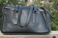 Womens 1970s NYC Coach leather bag.