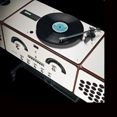 Radiofonografo Brionvega RR226 Design Achille e Piergiacomo