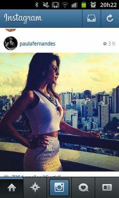 a cantora Paula Fernandes veste : Cropped Floripa