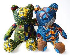 Ours en patchwork, ours en tissu wax, ourson, doudou bébé, cadeaux bébé, cadeaux naissance, ours en patchwork imprimé wax, grand modèle