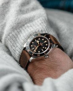 Cool Watches, Watches For Men, Tudor Black Bay, Expensive Watches, Telling Time, Watch Box, Watch Brands, Vintage Watches, Omega Watch