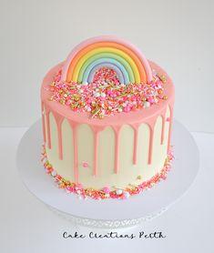 Pink drip and rainbow cake with sprinkles Birthday Drip Cake, Toddler Birthday Cakes, Girls First Birthday Cake, Candy Birthday Cakes, Rainbow First Birthday, Pretty Birthday Cakes, 3rd Birthday, Birthday Ideas, Bolo Panda