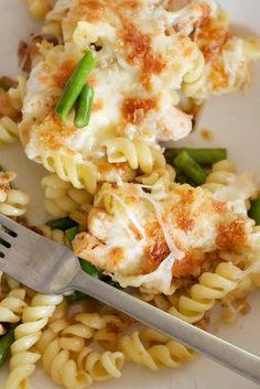 Mozzarella, Chicken & Asparagus Pasta Bake.