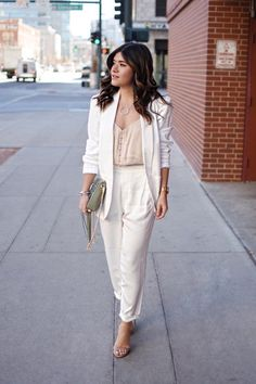 The white suit every woman needs in her life via Thacker NYC has finally arrived. This blazer, and pants are the epitome of elegance, and style. Simple Outfits, Classy Outfits, Chic Outfits, Summer Outfits, White Linen Suit, White Suits, White Pant Suit Women, White Wedding Suit, Wedding Suits