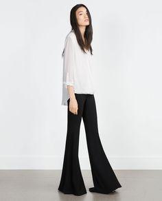 Image 1 de BLOUSE DRAPÉE de Zara