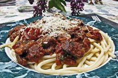 Famed tenor's favorite dish, Spaghetti Alla Caruso, is made with sauteed chicken livers and San Marzano tomatoes.