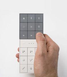Remote 1613053 양지희: 이 리모콘은 화장실,보일러 등 집안의 가전제품들을 컨트롤할수있게 되어있어있어서 거동이 불편하신 어르신분들에게 유용한 제품인것같다.