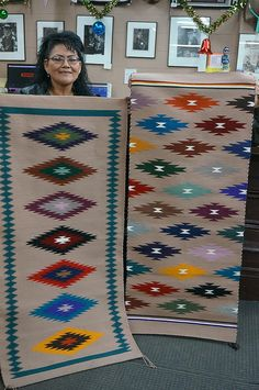 Navajo Weaving, Navajo Rugs, Tapestry Weaving, Hand Weaving, Woven Chair, Woven Rug, Tribal Patterns, Loom Patterns, Small Tapestry