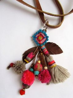 Easy to make key ring #tassels #craftmadeeasy