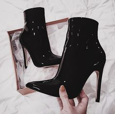Women Heels Aesthetic Clear High Heels Colorful Heels Oc Shoes Cheap D – chestnuttal Fancy Shoes, Pretty Shoes, Beautiful Shoes, Me Too Shoes, Heeled Boots, Shoe Boots, Shoes Heels, Stiletto Heels, Fashion Heels