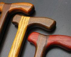 現在、この商品の在庫はありません Handmade Walking Sticks, Wooden Walking Sticks, Walking Sticks And Canes, Walking Canes, Bandsaw Projects, Cane Stick, Wood Joinery, Good Posture, Animal Projects