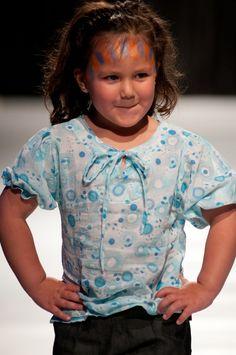 """Desfile """"D.I.Va"""" Diseño Independiente de Valdivia 2012 y su apuesta por la apertura del diseño local Diva, Blouse, Women, Fashion, Aperture, Moda, Women's, La Mode, Blouses"""