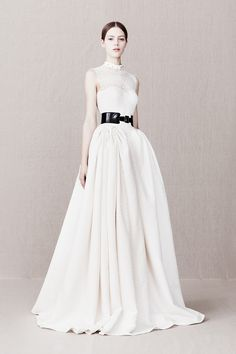 Alexander McQueen Pre-Fall 2013 – Vogue