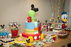 Detalhes da festinha do Mickey   O bolo decorado