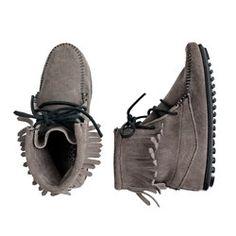 Minnetonka® Tramper boots