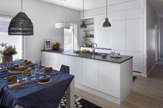 Porin asuntomessut 2018, Designtalo Noste. #designtalo #asuntomessut Home Decor, Furniture, Decor, Table