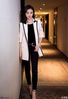 Sally Jing Tian