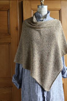 Churchmouse Easy Folded Poncho Project - Revive Version. DK Yarn.