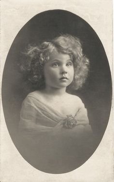 Olive, age 6  ~Look at this beauitful Child! I really need to have Lily's pictures done in blk and White!