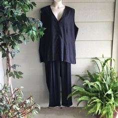 26/28 2 Piece Pinstripe Suit NWT – Sharel's Secret Closet
