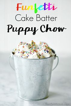 Traditional puppy chow (or muddy buddies depending on what part of the country you're from) is so boring. This puppy chow recipe gets more flavorful and delicious with the addition of funfetti cake batter and this S Cake Batter Puppy Chow Recipe, Puppy Chow Recipes, Easy Desserts, Delicious Desserts, Dessert Recipes, Jar Recipes, Easter Recipes, Candy Recipes, Cheesecake