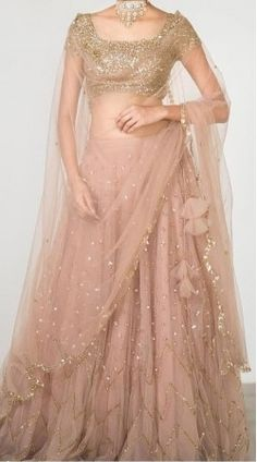 16 Ideas For Indian Bridal Wear Engagement Beautiful Indian Fashion Dresses, Indian Gowns Dresses, Indian Bridal Outfits, Dress Indian Style, Indian Bridal Wear, Indian Designer Outfits, Indian Wedding Dresses, Indian Gown Design, Indian Wear