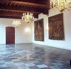 Podium, Mirror, Frame, Furniture, Home Decor, Picture Frame, Decoration Home, Room Decor, Mirrors