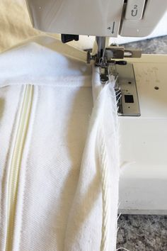 Time-saving way to add piping + detailed tutorial for slipcovers - EXCELLENT