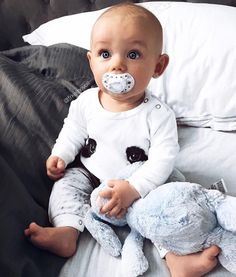 Funny Babies, Cute Babies, Clothing Photography, Cute Baby Clothes, Baby Fever, Kids Girls, Daughter, Children, Instagram Posts