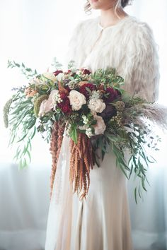 Elegant Navy + Burgundy Autumn Wedding Inspiration CK Events | Christa Taylor Photography Loose burgundy and blush bridal bouquet