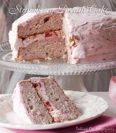 Strawberry Dream Cake from the Best of America's Test Kitchen 2012 From: Taking On Magazines, please visit Cupcake Recipes, Baking Recipes, Cupcake Cakes, Dessert Recipes, Cupcakes, Strawberry Cakes, Strawberry Recipes, Just Desserts, Delicious Desserts