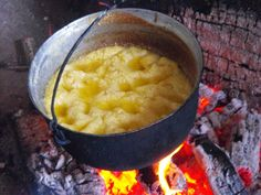 Romania Joy Of Cooking, Romanian Food, Macaroni And Cheese, Diet Recipes, Traditional, Meals, Ethnic Recipes, Europe, Collections