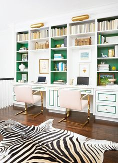 7 Chic Home Libraries to inspire you on how to decorate your own home library#blush