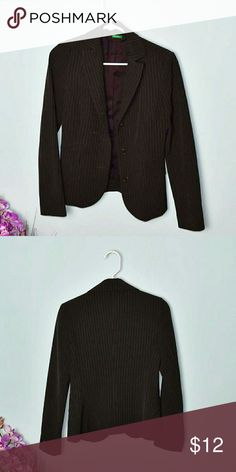 United Colors of Benetton Pinstripe Brown Blazer In excellent condition. Size 2. United Colors Of Benetton Jackets & Coats Blazers