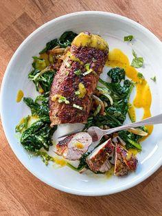 1 lb pork tenderloin sous vide cooked with sauce on a plate | sipbitego.com #sipbitego #sousvide #sousvidecooking #sousviderecipe #pork #easyrecipes #sousvidepork #mealprep