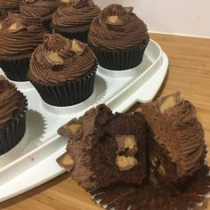 "15 Likes, 2 Comments - Ange (@angetrust007) on Instagram: ""#sweetdistraction chocolate peanut butter cupcake. #chocolatepeanutbutter #reesescups…"""