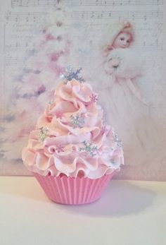 Pastel Pink Winter Wonderland Fake Cupcake Photo Prop with Snowflakes and Fairy Dust, Pink Christmas, Party Decorations, Ornaments, Gifts by FakeCupcakeCreations on Etsy Christmas Cupcakes, Pink Christmas, Christmas Candy, Christmas Treats, Christmas Baking, Simple Christmas, Minimal Christmas, Whimsical Christmas, Natural Christmas