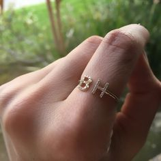 Unusual Wedding Rings for Women Unusual Wedding Rings, Wedding Rings For Women, Gold Jewelry Simple, I Love Jewelry, Prom Jewelry, Jade Jewelry, Gold Jewellery, Wrap Wedding Band, Gold Ring Designs