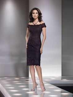 Sexy Sheath/Column Off-the-shoulder Knee-length Lace Mother of the Bride Dress 11001057 - Knee Length Mother Of The Bride - newbridalup.Com