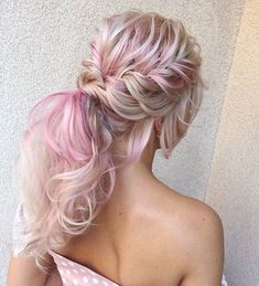 Wedding Hairstyles Updo Fabulous Ideas of Homecoming Hairstyles for Long Hair picture picture 1 - You possibly have selected your shoes and outfit, now it's time for the best homecoming hairstyles. Here are some hairstyle ideas for medium to long hair. Medium Long Hair, Medium Hair Styles, Short Hair Styles, Homecoming Hairstyles, Wedding Hairstyles For Long Hair, Graduation Hairstyles Medium, Ponytail Hairstyles, Cool Hairstyles, Messy Ponytail